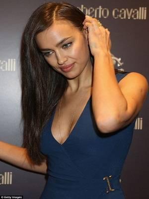 Fakta Unik Menarik Supermodel Cantik Irina Shayk