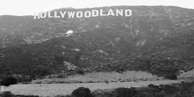 Kisah Cerita Unik Aneh Sosok Hantu Penghuni Tulisan Hollywood