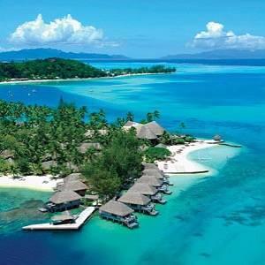 Pulau Paling Romantis Yang Sering Dikunjungi Wisatawan