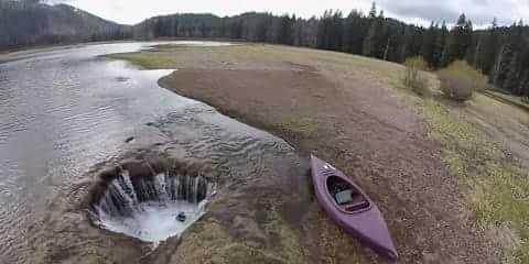 Air Danau Menghilang Fenomena Alam Kejadian Unik Aneh Tapi Nyata