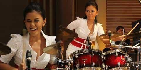 Drummer Paling Cantik Idola Indonesia