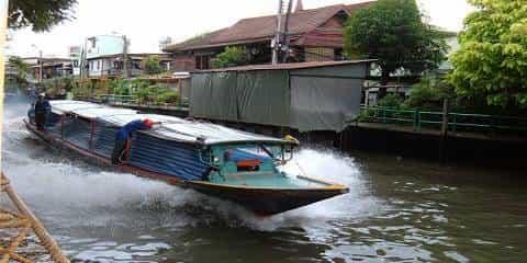 Alat Transportasi Yang Tak Biasa Taksi Sungai